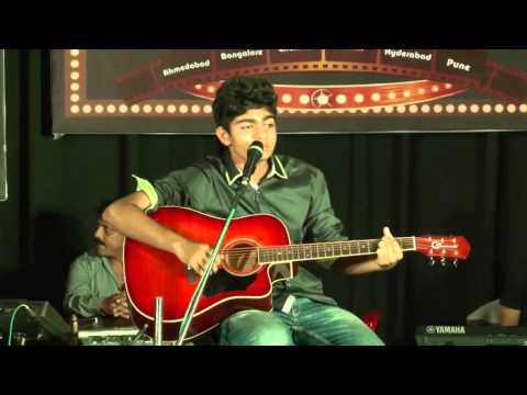 Rang Sharbato Ka, Love Me Thoda, Dhokha dhadi, Kabira (Arijit Singh's Medley) by Vishesh Jain Live