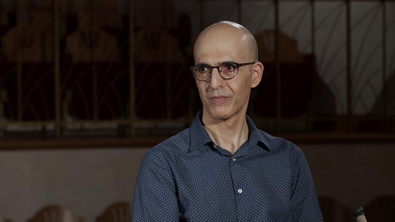 Interview (in Hebrew)