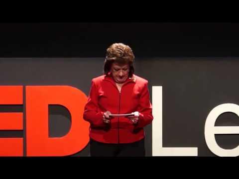 Los tiempos de la justicia  Francine Bell  TEDxLeon
