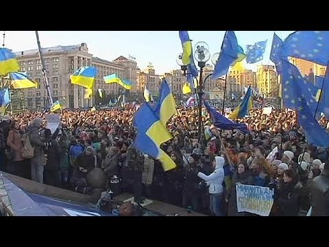 Protests continue in Kyiv ahead of Vilnius EU summit