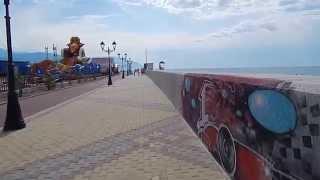 пляж отеля Бархатные сезоны, Адлер 2015(В этом видео вы увидите Олимпийскую набережную Сочи и чистейшее Черное море в этом районе Адлера!!! Олимпийс..., 2015-08-07T21:04:58.000Z)