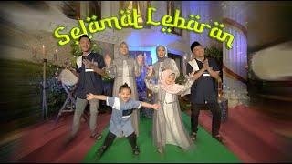 Download Lagu KELUARGA ASIX - SELAMAT LEBARAN (OFFICIAL MUSIC VIDEO)