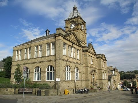 Places to see in ( Batley - UK )