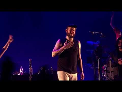 Friends (Cover) [Justin Vernon Dances] - Bon Iver w/ Francis and the Lights (Live Bonnaroo '18)