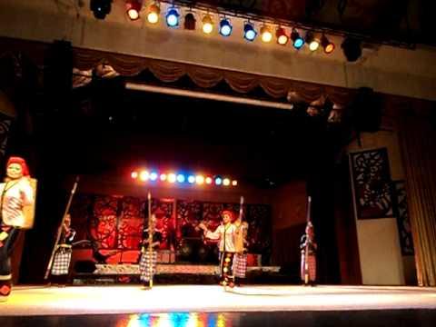 การแสดงใน Sarawak Cultural Village 1