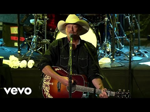Alan Jackson - Little Bitty - Keepin' It Country