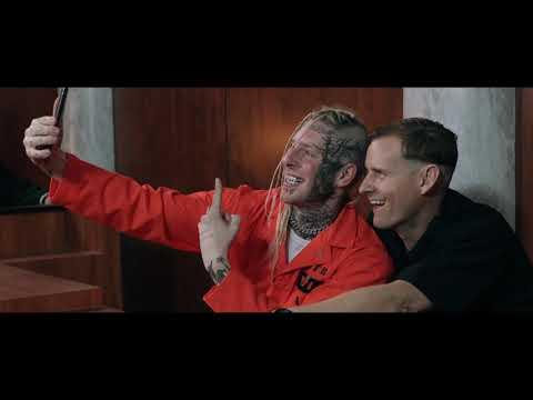 Смотреть клип Tom Macdonald - Straight White Male