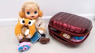 BABYALIVE Mala de Viagem da Clarabela para Alemanha com BIA LOBO