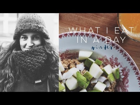 WHAT I EAT IN A DAY: WINTER - Professional Wild Child