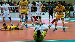 CRAZIEST SAVE EVER !? Best Volleyball Saves (HD)
