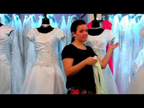 How to Wear Gloves with Your Wedding Dress - YouTube