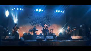 JANGAN DULU PERGI - SEVENTEEN - LIVE BANJARNEGARA 2018.mp3
