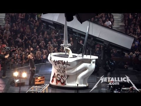 Metallica - Seek & Destroy (Live - Vancouver, Canada) - MetOnTour Thumbnail image
