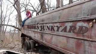 Exploring Abandoned Junkyard