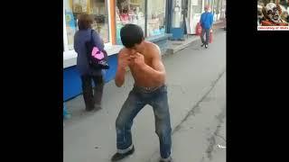 Местный Жан Клод Ван Дамм