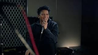 Cinta Yang Diam - Ariel Noah feat Difki Khalif ( Official Music Video )