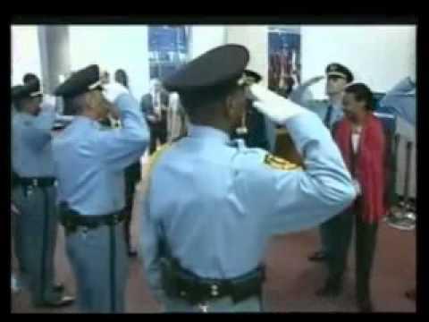 الى كل من لا يعرف الرئيس عبدالعزيز بوتفليقة ...........