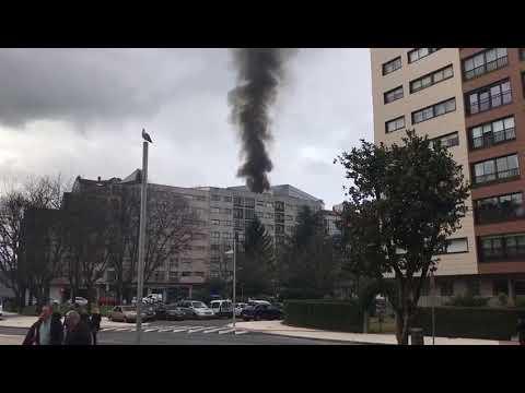 Incendio en un inmueble de la Avenida Mariá Victoria Moreno en Pontevedra