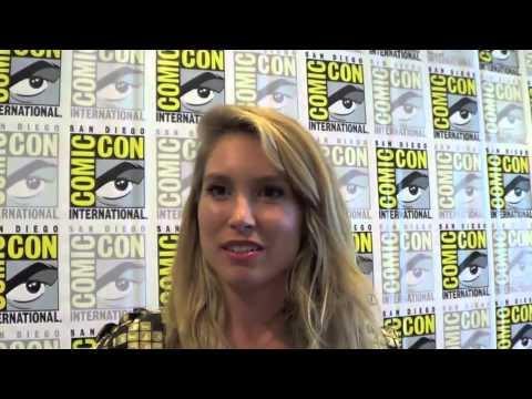 Sarah Carter Talks FALLING SKIES at San Diego Comic Con 2013
