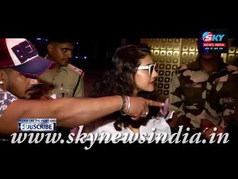 Actress Kajol Spotted At Mumbai Airport = Sky News India