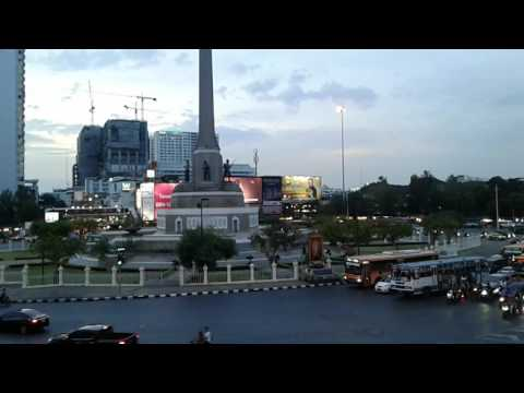 LezAndrae @Victory Monument 2017