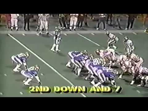 Week 8 - 1985: Oakland Invaders vs Birmingham Stallions