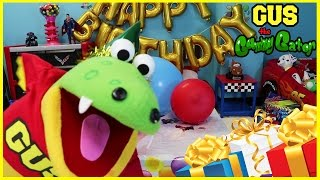 GUS'S BIRTHDAY PARTY Pretend Play toys! Family Fun Games and Presents Funny Video for kids Part 1