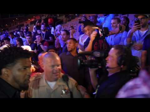 Andre Ward leaves arena after KO win