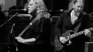 Tedeschi Trucks Band - Preachin' Blues (with Warren Haynes)