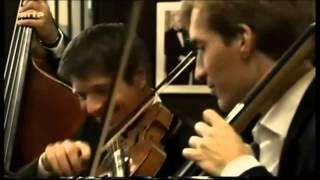 Johann Strauss II - Kaiser,Walzer Op.437 (The Philharmonics)