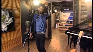 tresor performs never let me go in studio
