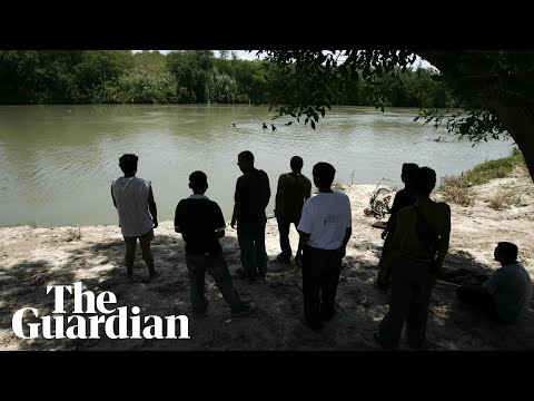 US border: photo of drowned father and daughter highlights migrants' peril