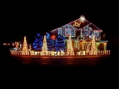 The Best Christmas Lights Display In The World YouTube - The 6 craziest christmas displays around the world