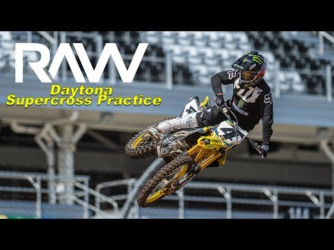 2019 Daytona Supercross RAW practice - Motocross Action Magazine