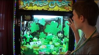 St Patrick's Day Claw Machine! Top 10 Video