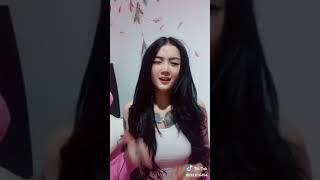Video Tik Tok Meylika Ryuki goyang dua jari download MP3, 3GP, MP4, WEBM, AVI, FLV Juli 2018