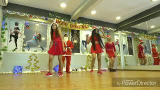 vip-gym-zumba-dance-fitness-merry-christmas