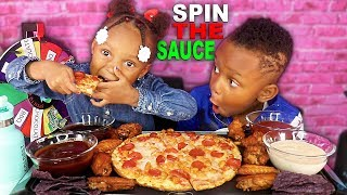 """CHEESY PEPPERONI PIZZA """"SPIN THE WHEEL"""" CHALLENGE (PIZZA MUKBANG) 먹방 *LAYLA & JUJU * 