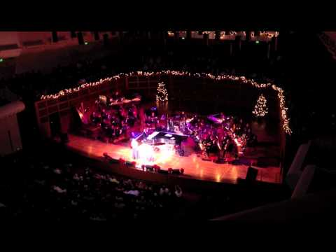 """Lea Salonga & Peabo Bryson (HD) Sing """"A Whole New World"""" With SF Symphony - Colors Of Christmas"""