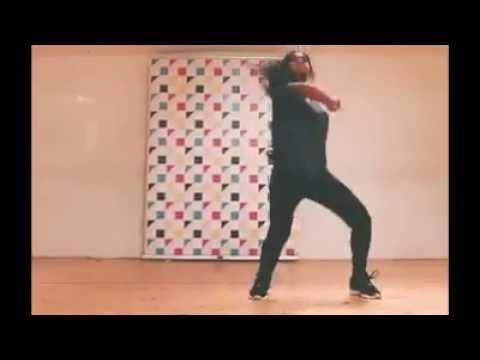 pretty tamil girl dancing for mari song