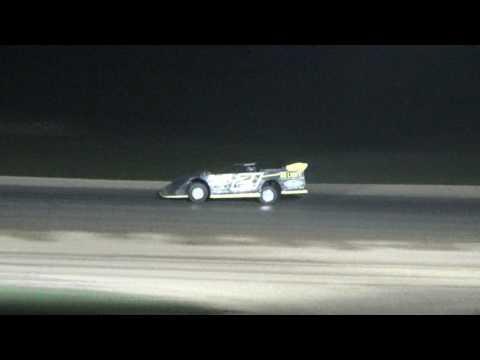 Stemler in Logans car at Crystal Motor Speedway, Michigan on 06-03-17