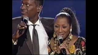 Patti LaBelle & Luther Vandross performance / The Aretha Fra...