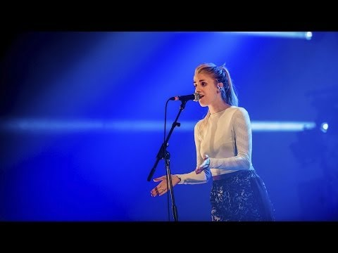London Grammar - Hey Now (Radio 1's Big Weekend 2014)