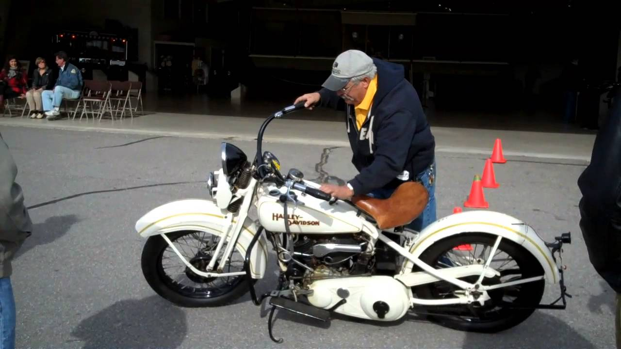 Driving 1925 Harley Davidson Motorcycle Youtube Jd Pictures