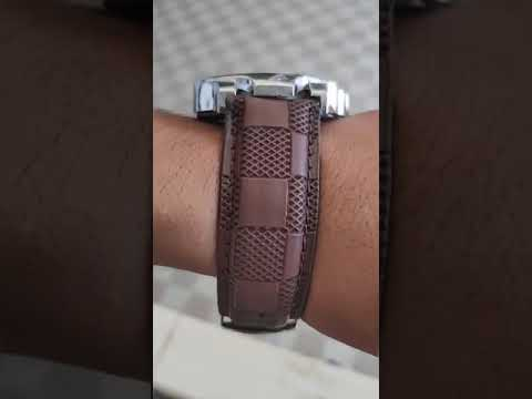 Mens Elegant Leather Analog Watches