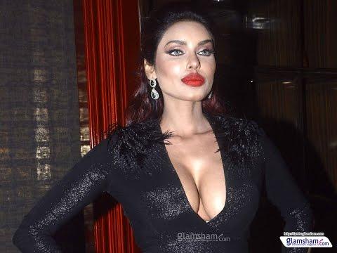 Kyaa Kool Hain Hum 3 Fame Gizele Thakral Sizzles At Ghanta Awards 2016