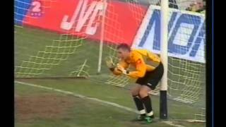 2003 (february 12) Serbia and Montenegro 2-Azerbaijan 2 (EC Qualifier).avi