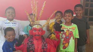 ondel ondel dan anak kecil || indonesia traditional