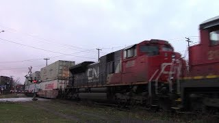 Five Engines! Long and Late CN Stack Train 120 at Moncton, NB (Nov 17, 2017)