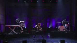 Lindsey Stirling on Conan (October 24th, 2013) *HD*